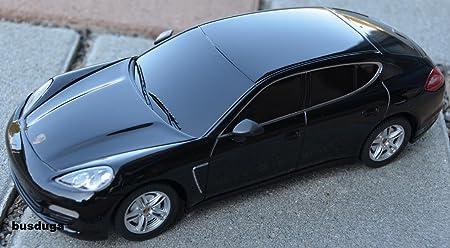 RC Porsche Panamera - Escala.: 1: 24 - teledirigido - Juego completo - Color.: Negro - Licencia de réplica: Amazon.es: Juguetes y juegos