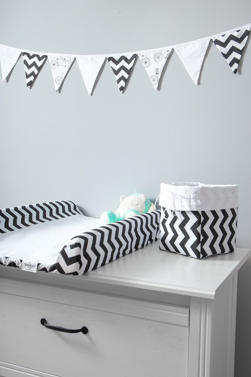 Cover for Changing Mat Size 50x70 cm Black Zigzags KempKids Sango Trade