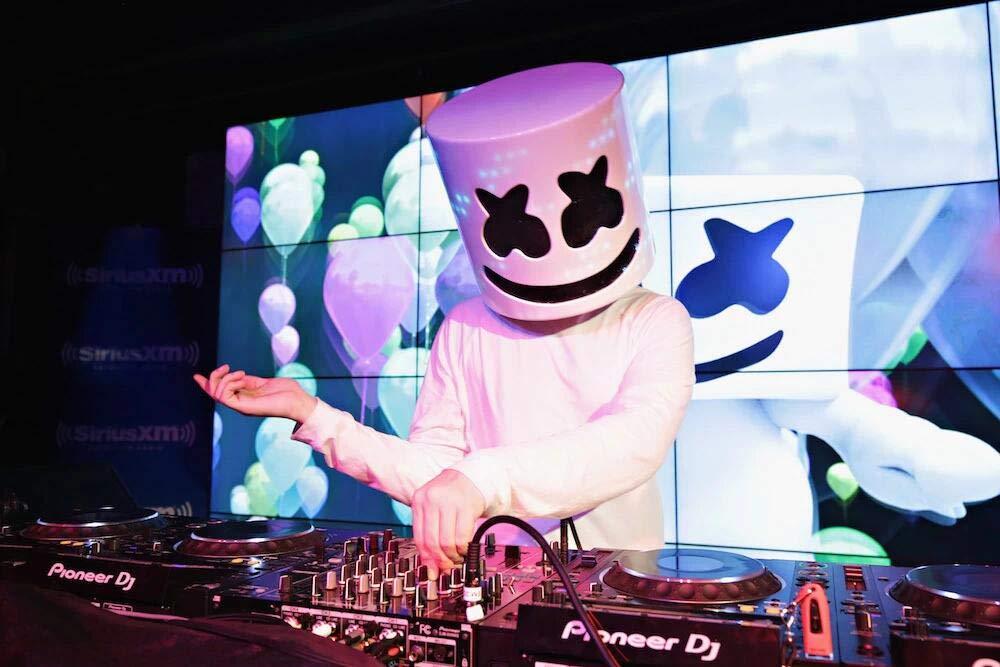Marshmello Máscara Cosplay DJ Marshmello Disfraz Cabeza Llena Casco Halloween Cosplay Traje Bar música Props Novedad Adulto: Amazon.es: Juguetes y juegos