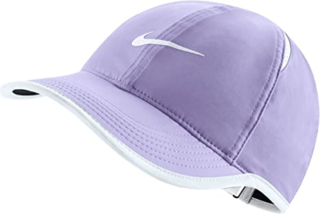 newest d5157 6e7d9 Image Unavailable. Image not available for. Color  NIKE Women s Feather  Light Adjustable Hat ...