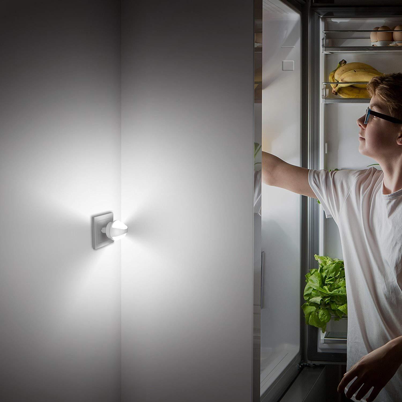 OxyLED Veilleuse LED,Lampe Nuit Murale Automatique Plug-and-Play avec Capteur Cr/épusculaire Garage Salle de Bains//Couloir Salon Veilleuse Enfant Eclairage pour Chambre B/éb/é