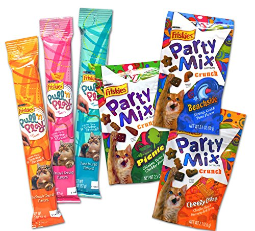 Friskies Pull 'n Play / Party Mix Cat Treat Variety Pack - 6 Items - (3 Pull 'n Play Tender String Packs & 3 Friskies Party Mix Crunch Treats Flavors)