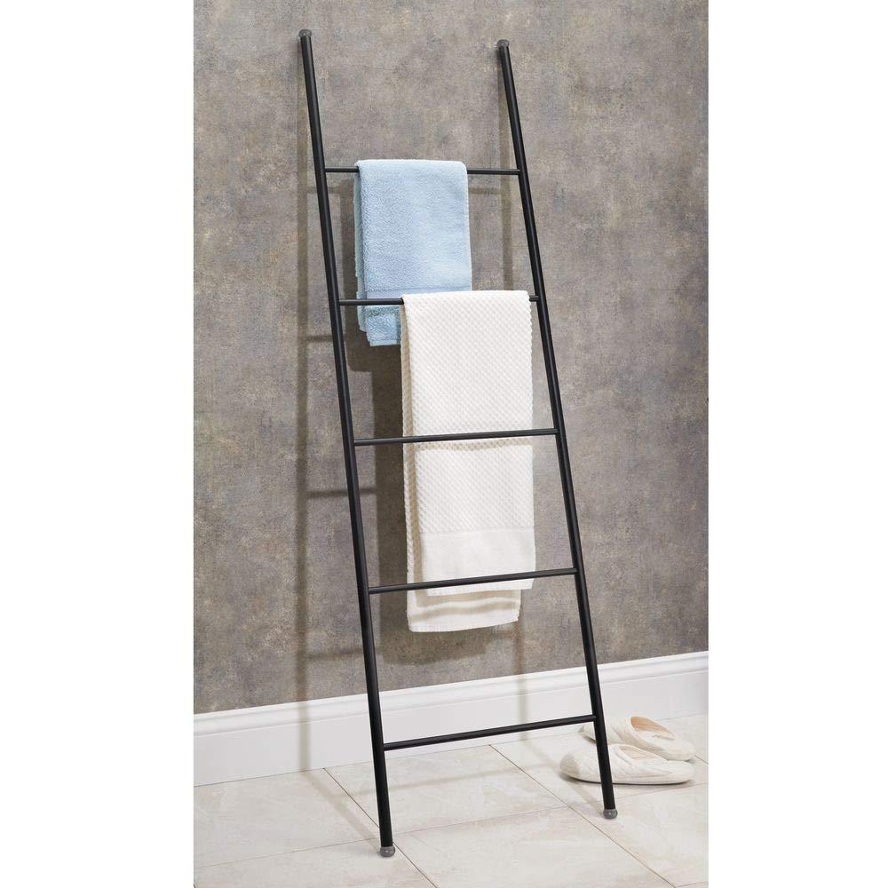 mDesign Toallero Escalera de Metal Inoxidable - Práctico Mueble toallero para Toallas de Mano, Toallas de Ducha y más - Modernos toalleros de pie con 5 ...