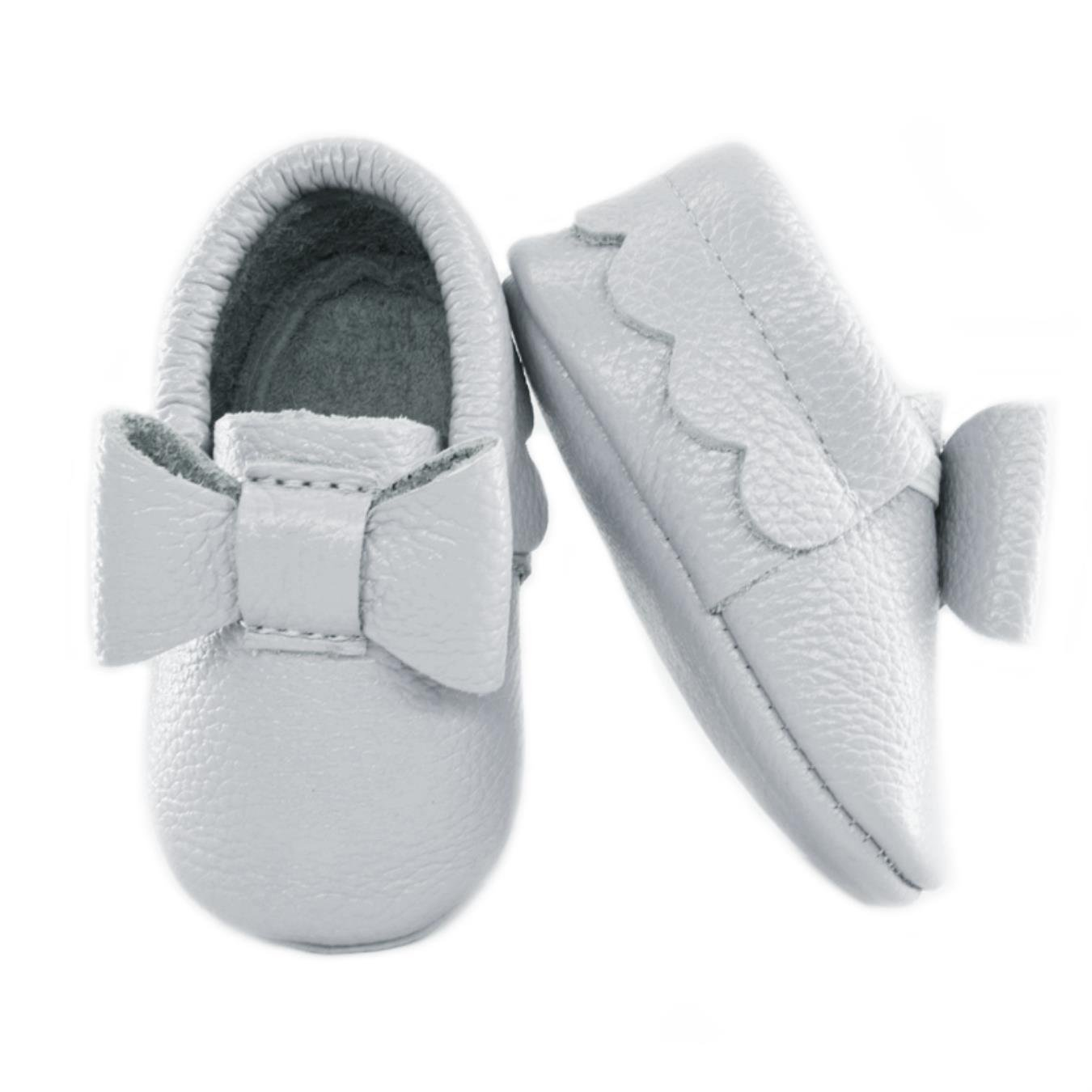 3f76fd54ed59 Amazon.com  new born flower Baby moccasins of Moccs baby shoes girls fringe  Soft genuine leather infant toddler First Walkers kid shoes  Clothing