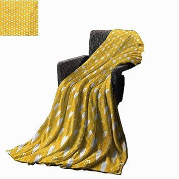 Amazon.com: Manta impresa digital amarilla con diseño floral ...
