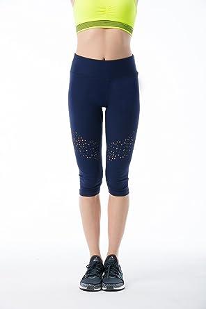 40d512f2776af9 VIVILISH WOMEN ACTIVE LASER CUT CAPRI LEGGING - Designed in Los Angeles at  Amazon Women's Clothing store: