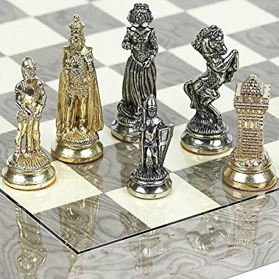 Vittoriano Chessmen from Italy