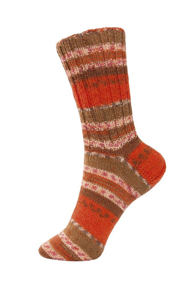 4-f/ädig und filzfrei bestehend aus 1 Kn/äuel Lieblingsfarben Sockenwolle Socken Strick-Set f/ür Anf/änger von Myboshi Berta mit Stricknadeln