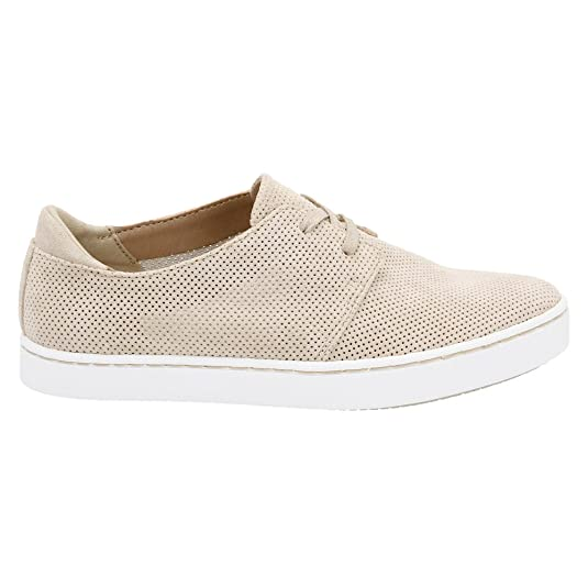 Amazon com Clarks Women s Leara Blend Sneaker Sand Suede US 9 5 M Fashion Sneakers