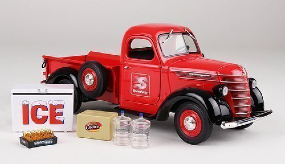 Limited 1st Edition Collector Toy Truck 2015 Speedway 1938 International D2 Pickup 1 25 Scale