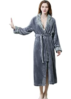 221b719c11 Womens Robe Soft Plush Warm Flannel Spa Long Bathrobe for Ladies Sleepwear  Winter