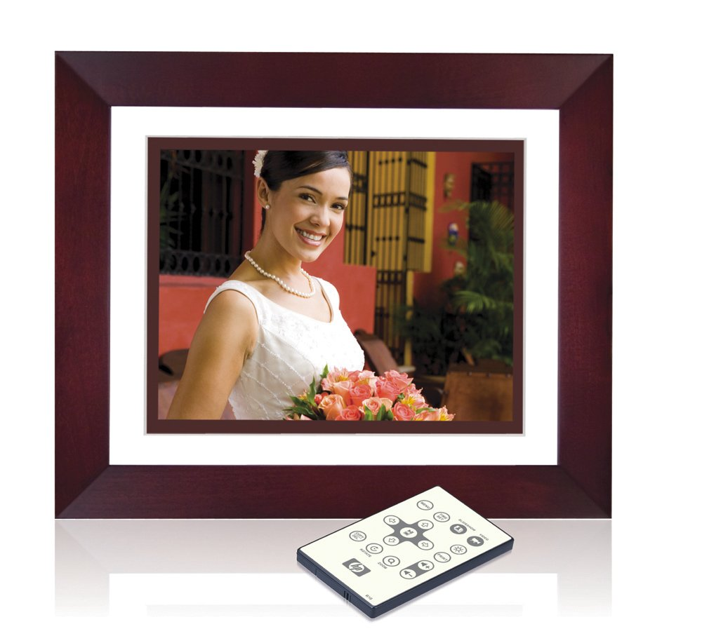 HP 10.4-Inch Digital Picture Frame w/2 Interchangeable Mats by HP