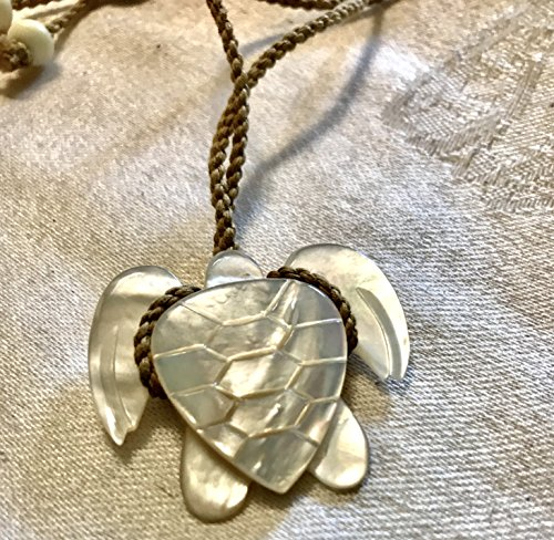 Breezes Bone China (Hawaiian Honu Sea Turtle Necklace Carved MOP Mother of Pearl Adjustable Pendant)