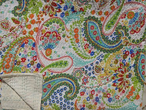 Trade Star Exports White Printed Paisley Kantha Quilt, Indian Cotton Bedspread, Queen Size Reversible Bed Sheet, Handmade Kantha Throw, India