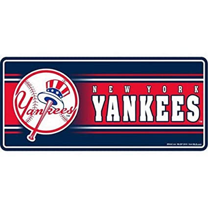 cfe034b2f Amazon.com : MLB New York Yankees 3D Magnet, 8-inch : Sports Related  Magnets : Sports & Outdoors