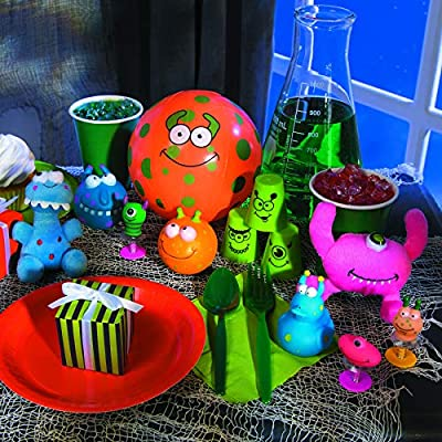 Fun Express - Monster PoP-Ups - Toys - Character Toys - Poppers & Pop - Ups - 12 Pieces: Toys & Games