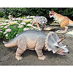 Design Toscano Scaled Jurassic Triceratops Dinosaur Statue