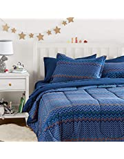 AmazonBasics Easy-Wash Microfiber Kid's Bed-in-a-Bag Bedding Set - Full / Queen, Navy Zigzags