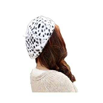 fa652a68694 WeeH Beret Hat for Women Gril Winter Hats Cute Cat Wool Beanie Cap Gray Dot  Cow  Amazon.co.uk  Clothing