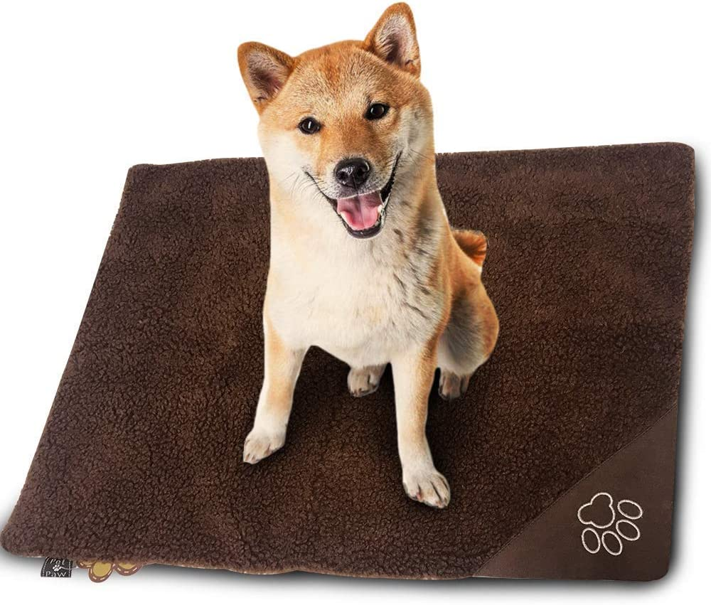 WarmShe Pet Bed Mat Self Heating Snooze Pad for Pets Cats, Dogs and Kittens for Travel or Indoor Outdoor Home