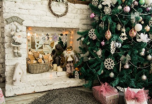 Baocicco クリスマスツリー 暖炉バックドロップ 7x5フィート コットン ポリエステル 写真 背景 グランジレンガ レンガ 壁 薪 サンタクロース ギフトボックス ふわふわカーペット 子供 冬 休日 新年 フェスティバル   B07FRZ8K32