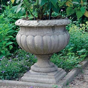 Cache pot urne