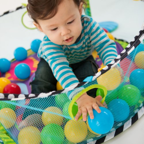 Infantino Grow-with-me Activity Gym and Ball Pit 3