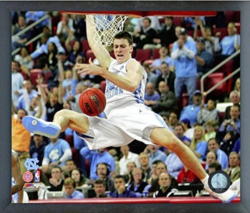 Tyler Hansbrough North Carolina (Tyler Hansbrough UNC Tarheels NCAA Action Photo (Size: 12