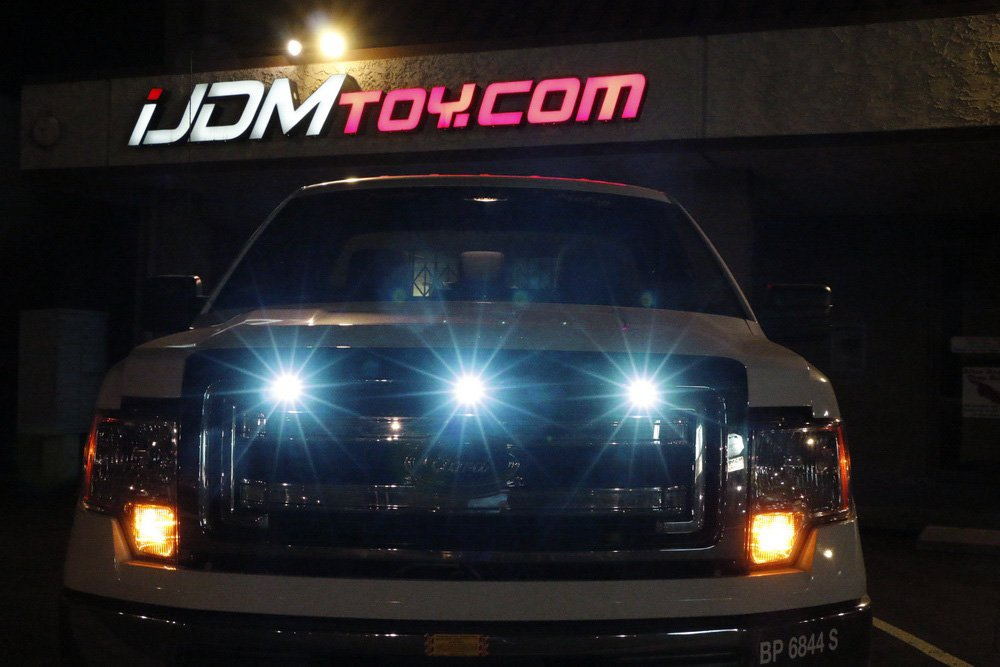 3-Piece High Power Xenon White Grill Marker Light Set iJDMTOY Auto Accessories Universal Front Grill Mounting LED Lamps iJDMTOY SVT Raptor Style White LED Grille Lighting Kit Universal Fit For Truck or SUV