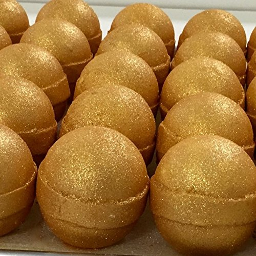 NOYALI USA HANDMADE,HUGE BATH BOMB Honey gold Love An incredibly sexy aroma of raw honey, cocoa butter, and chocolate. Coated with luxurious Gold Mica for a beautiful shimmering bath.