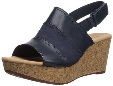 b9d1941dfa Amazon.com | CLARKS Women's Annadel Janis Platform | Platforms & Wedges