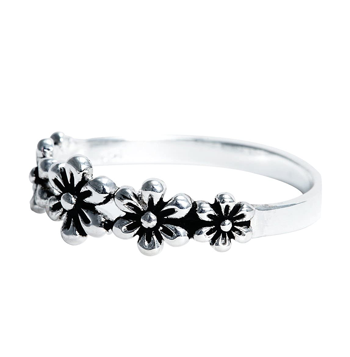 Gemaholique Sterling Silver Petite Daisy Wholesale Ring