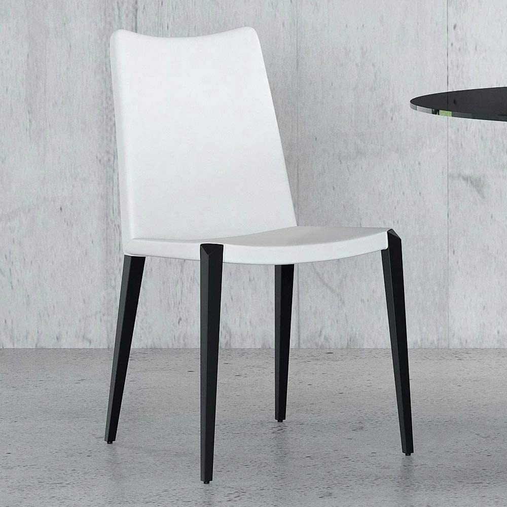 Amazon Com Zuri Modern Jordan Dining Chair In White Leatherette And Matte Black Steel Base Chairs