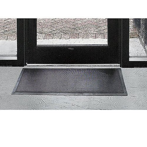 Wearwell Natural Rubber 220 Multi-Guard Heavy Duty Mat, for Outdoor Entrances, 3' Width x 6' Length x 1/2'' Thickness, Black