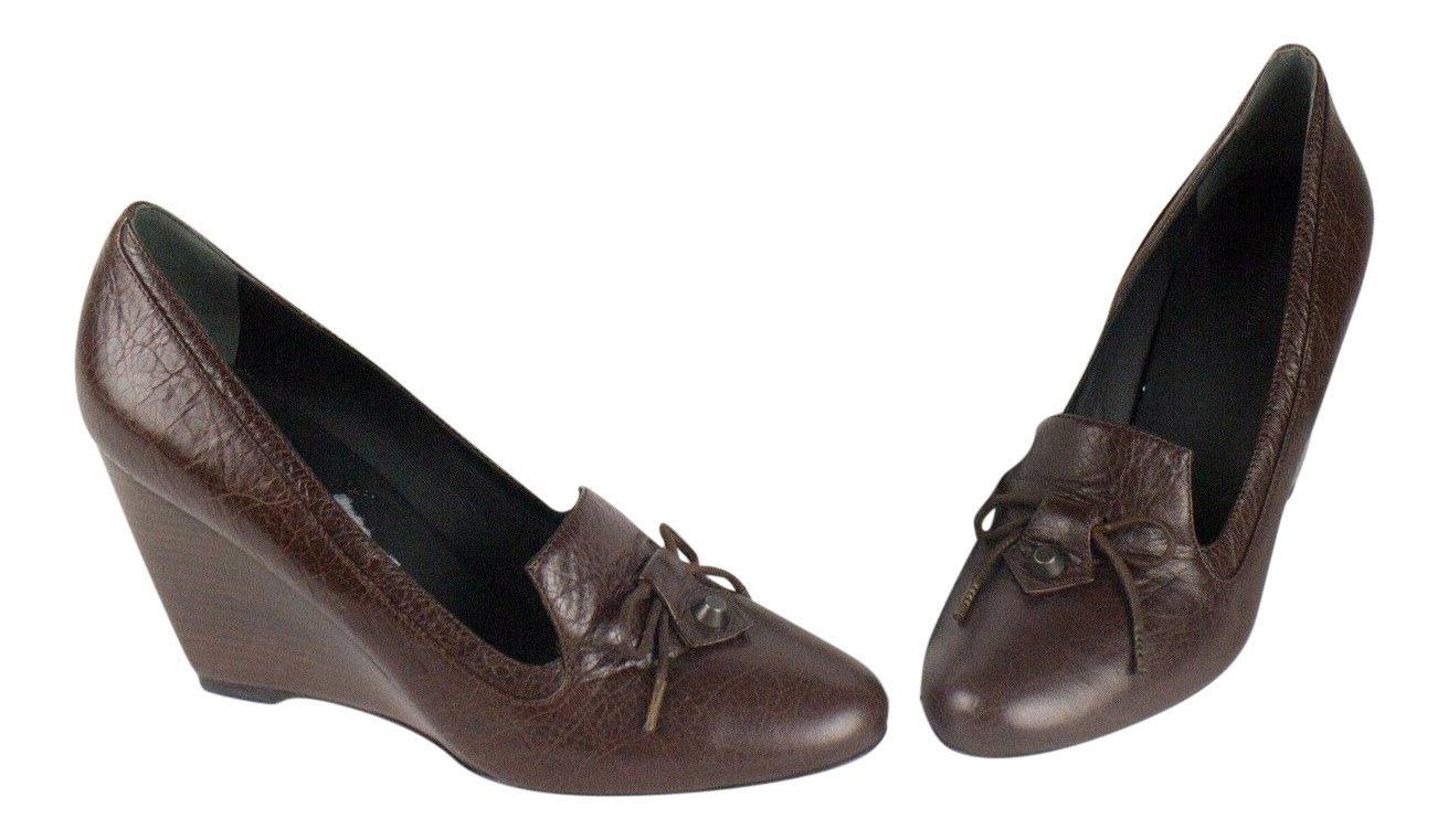 4251d45edfe7 Amazon.com  Balenciaga Women s Brown Leather 3.75