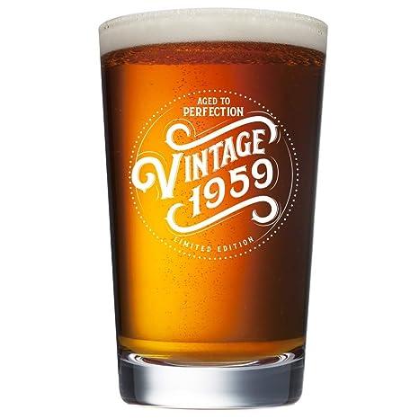 Amazon.com: Vasos de cerveza de 60 cumpleaños para hombres y ...