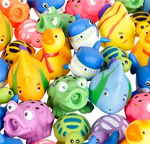 Squirt Toys Assortment Party Favors ~ Set of 20 (Poolside water toys and party (Squirt Fish)