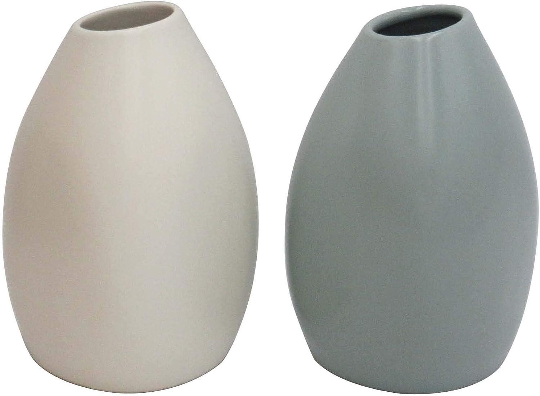 "Amazon Brand – Rivet Modern Stoneware Vases, 2-Piece Set, 5.2""H, White and Blue-Green"
