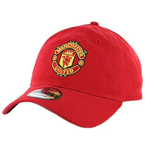 Amazon.com   New Era 920 Manchester United Strapback Hat (Red) Men s ... 821c026709d4