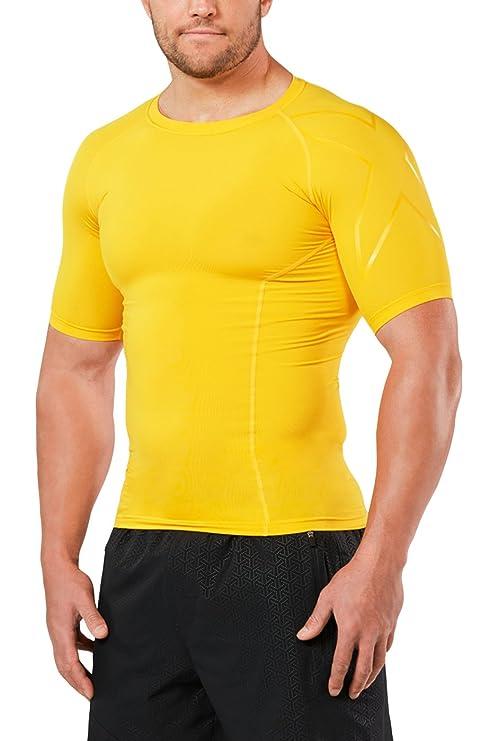 Amazon.com  2XU Men s LKRM Short Sleeve Compression Top  Sports ... 3a51332f1