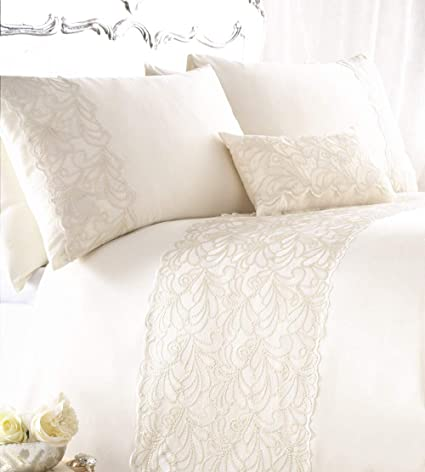 Amazoncom Zigguo 3 Pc Luxury Duvet Cover Set Embroidered Queen