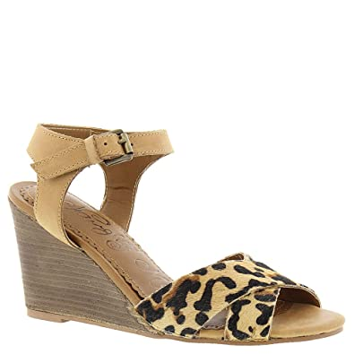 Amazon.com   Naughty Monkey Agyness Women s Sandal   Sandals e49d287804