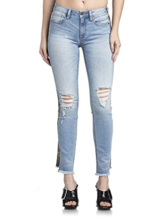 1a9ef3cf8a93e Amazon.com  Miss Me Womens Mid-Rise Ankle Straight Jeans in Light Blue   Clothing