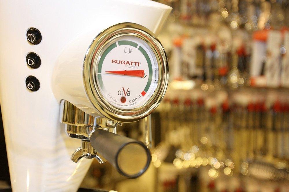 Bugatti 15DIVAC1 110 Diva 15-Bar Pump Espresso Machine, White