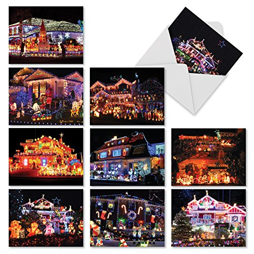 M2268 Homes And Garlands: 10 Assorted Christmas Note Cards Featuring Houses Adorned With Christmas Lights, w/White Envelopes.