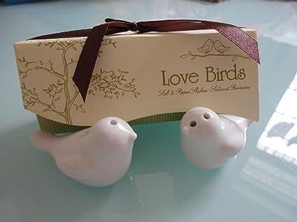Amazon.com: Love Birds Ceramic Salt and Pepper Shakers Wedding Favor ...