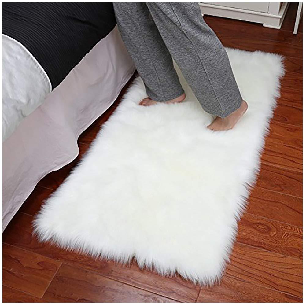 Junovo Luxury Plush Fuax Sheepskin Area Rug Fluffy Fuax Fur Shag Carpet,2ft x 3ft,Ivory White