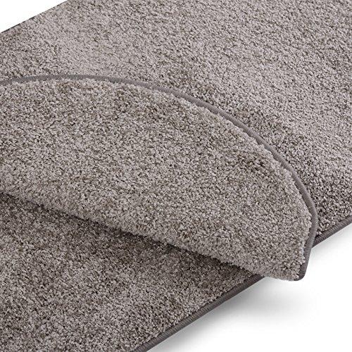 Teppich Läufer uni silbergrau | Qualitätsprodukt aus Deutschland | GUT Siegel | kombinierbar mit Stufenmatten | 19 Breiten und 18 Längen (60 x 300cm)
