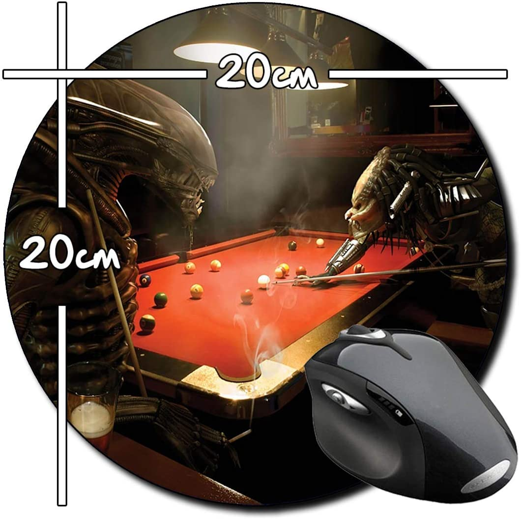 Alien Vs Predator Jugando Billar Playing Pool AVP Alfombrilla ...