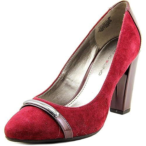 bff6e3fb2c09 Bandolino Womens Everley Closed Toe Classic Pumps
